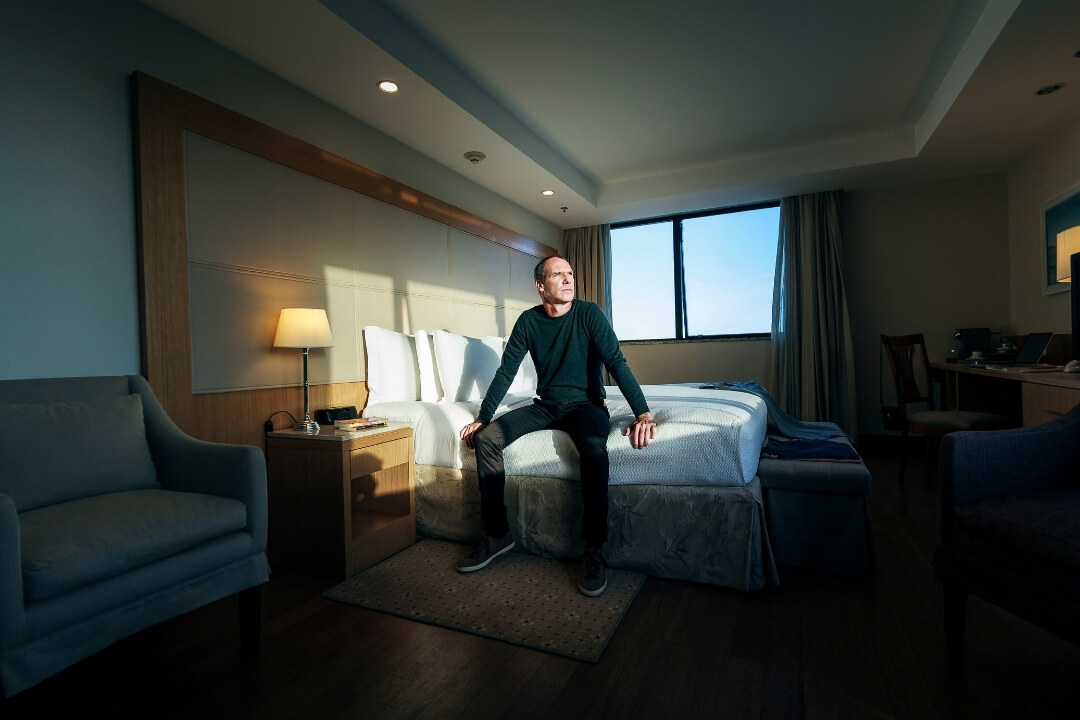 Hotel-quarantine-man